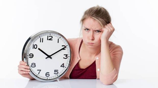 impatient-woman-clock_759_thinkstockphotos-505171962